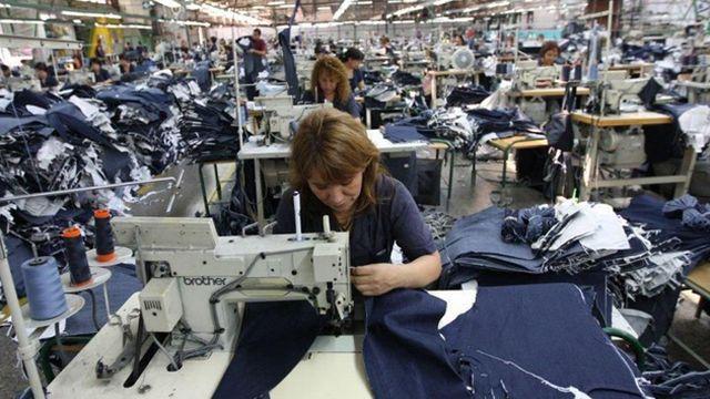 7b1ebdb076 Preocupación en Benito Juárez por el cierre de fábrica de jeans